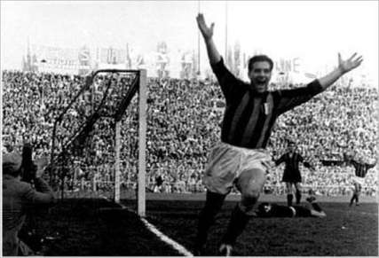 Gunnar Nordahl after scoring one of his many A.C. Milan goals.