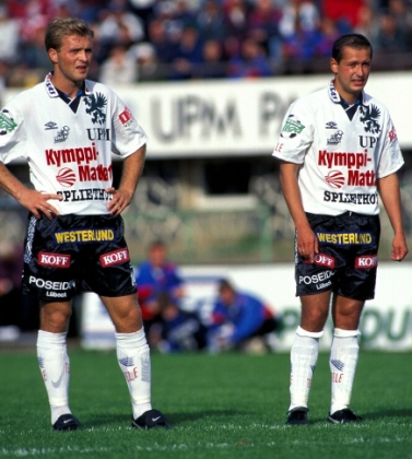 Valeri Popovitch and Oleg Ivanov playing for FC Haka in 1996. © Juha Tamminen
